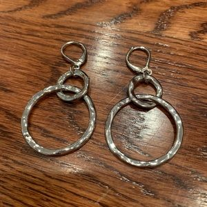 Jewelry - Hammered circle silver earrings